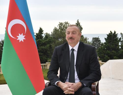 Азербайджан строит на границе с Арменией военные дороги