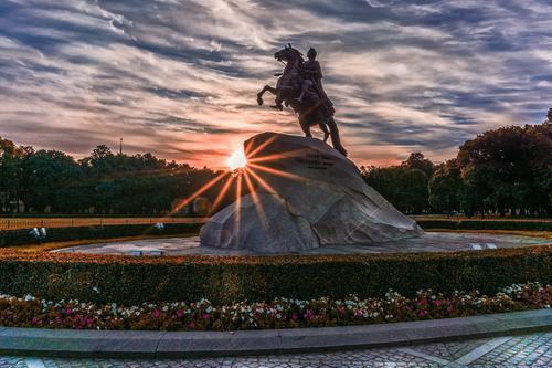 Синоптик Шувалов сообщил, что в День Военно-морского флота в Петербурге и Севастополе ожидается хорошая погода