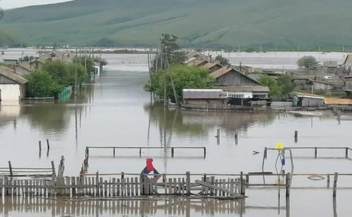 В Забайкалье экологическая катастрофа: наводнение размыло радиоактивные могильники
