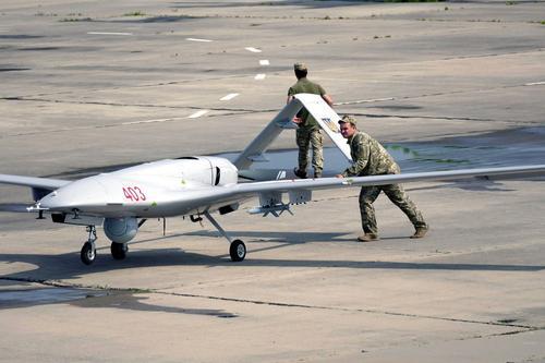 Военные ЛНР сорвали бомбовый удар украинского дрона по зданию правительства республики