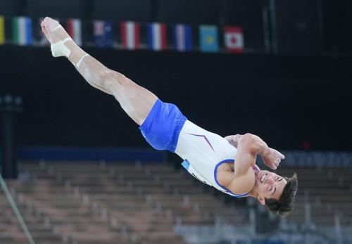 Видео, как радовались победе на Олимпиаде гимнасты, опубликовал Никита Нагорный