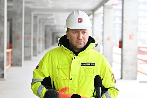 Бочкарев: Строители приступили к монтажу фасадов в новом лечебно-диагностическом комплексе ИКБ №1