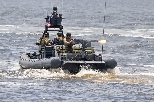 Business Insider: морской спецназ США может атаковать прибрежные города России в случае глобальной войны