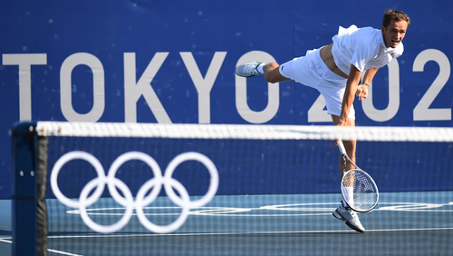 Оргкомитет Олимпийских игр начал расследование в отношении журналиста, задавшего теннисисту Медведеву провокационный вопрос
