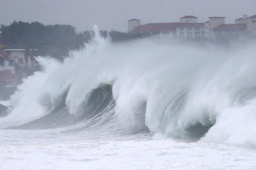 На Дальний Восток надвигается тайфун «Ин-Фа»