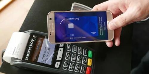 Сервис электронных платежей Samsung pay оказался под угрозой запрета