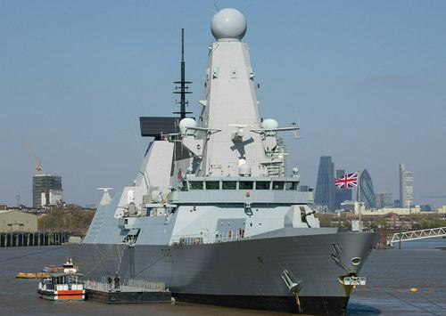 Аналитик Леонков: в случае уничтожения Россией британского эсминца Defender война бы не разгорелась