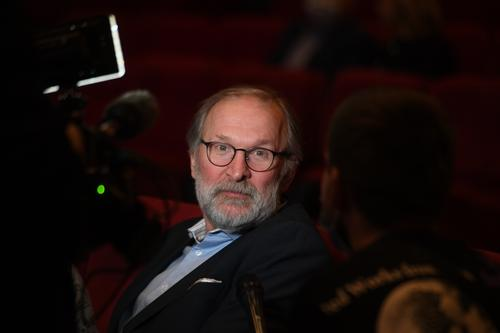 Фёдор Добронравов сообщил о завершении съемок седьмого сезона сериала «Сваты»
