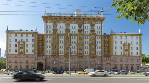 Baijiahao: запрет Москвы на трудоустройство иностранных граждан в дипмиссии США в России «равносилен предъявлению ультиматума»