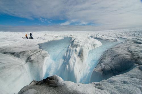Гренландия потеряла сто млрд тонн льда за этот сезон таяния