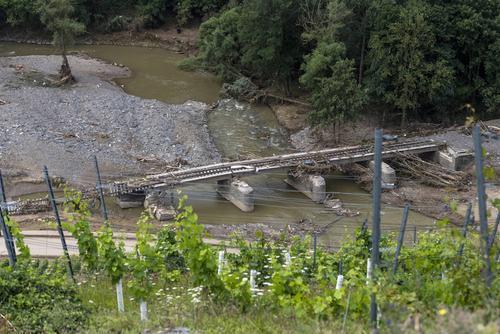 Министр финансов ФРГ Шольц заявил, что на восстановление после наводнения потребуется «значительно больше» €6 млрд