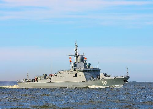 Корабли Балтийского флота обстреляли «Калибрами» условного противника