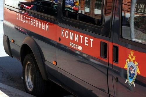 СК показал кадры с допросом москвича, который выбросил своего двухлетнего сына из окна многоэтажки