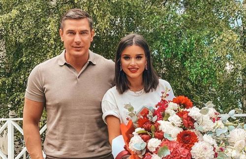 Ксения Бородина развелась с Курбаном Омаровым, и он сразу же побежал к своей бывшей жене