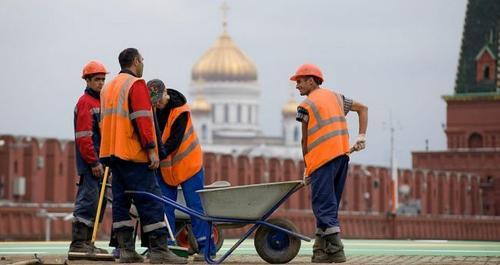В России снижается рождаемость и увеличивается число мигрантов