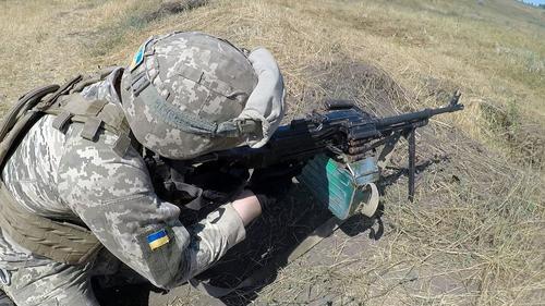 Политолог Стариков допустил возможность начала реальной войны между Украиной и Россией