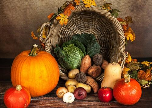 Диетологи перечислили полезные осенью продукты