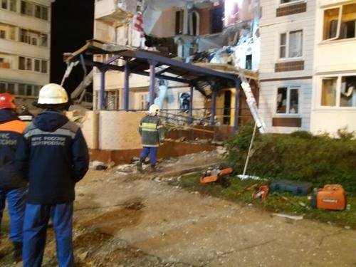 В Ногинске из-под завалов после взрыва жилого дома достали тело девочки