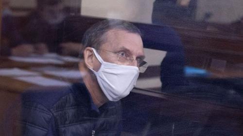 После отдыха на Канарах барнаульский чиновник получил место на нарах