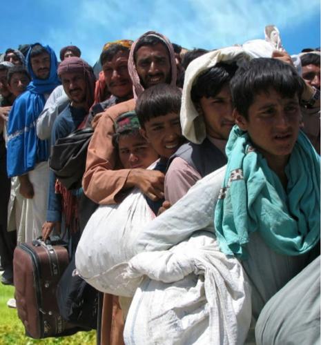 Что говорят россияне о возможном переезде афганских беженцев в нашу страну