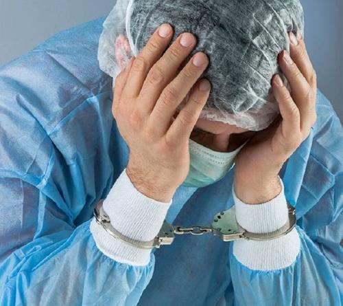 Латвийские врачи просят отменить уголовную ответственность за ошибки