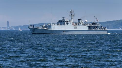 «Репортер»: британский корабль-шпион месяц вел разведку в исключительной экономической зоне России в Баренцевом море