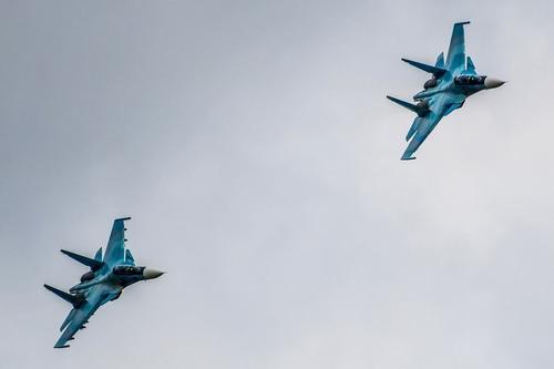 Avia.pro: российские истребители и бомбардировщики нанесли десятки ударов по джихадистам в сирийском Идлибе