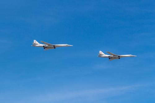 Два Ту-160 из состава ядерной триады России совершили полёт над Балтийским морем