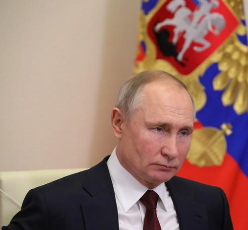 Путин отправил в отставку первого заместителя генпрокурора Буксмана