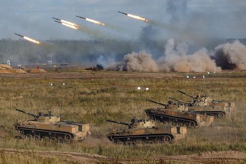 Политолог Погребинский: Польша и Прибалтика «очень напуганы» российско-белорусскими военными маневрами «Запад-2021»
