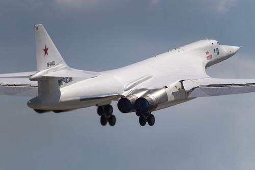 Avia.pro: четыре европейские страны поднимали в небо истребители из-за пролета российских бомбардировщиков Ту-160 на Балтикой