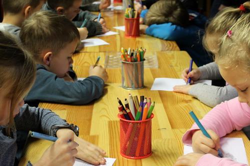 Сотрудники детских садов недовольны новой программой воспитания