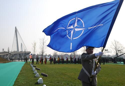 Политолог Погребинский заявил, что Украина никогда не станет полноправным членом НАТО