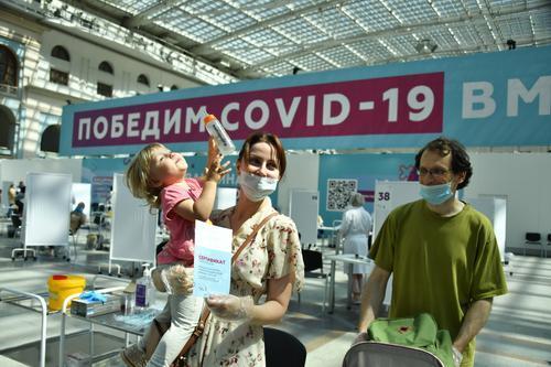 Александр Горелов: Заболеваемость CОVID-19 в России этой осенью ожидается ниже, чем год назад