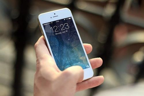 IT-эксперт Людмила Мурзина посоветовала, как бюджетно заменить старый смартфон на новый
