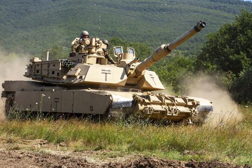 National Interest: американские танки Abrams существенно повысят возможности армии Польши «в остром конфликте с Россией»