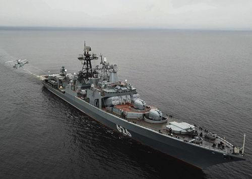 Тактический отряд российских кораблей провёл учения в Атлантике у берегов Африки