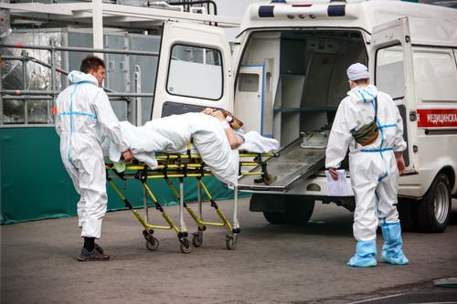 Вирусолог Скулачев назвал причину прихода четвертой волны коронавируса в российские регионы