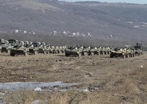 В Крыму начались учения войск ВДФ РФ, на фоне манёвров НАТО, идущих на Украине