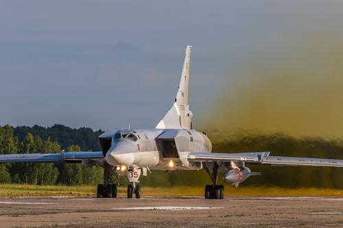 Портал Avia.pro: в случае необходимости российские ракетоносцы Ту-22М3 могут атаковать военных Турции в Сирии