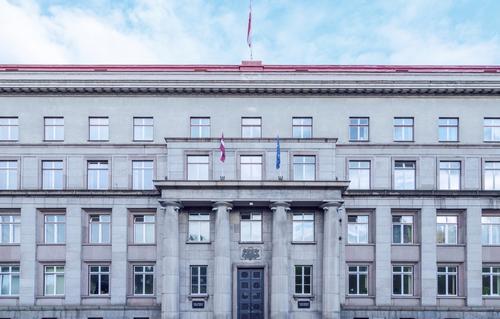 Президент Латвии предлагает ввести новые должности в правительстве