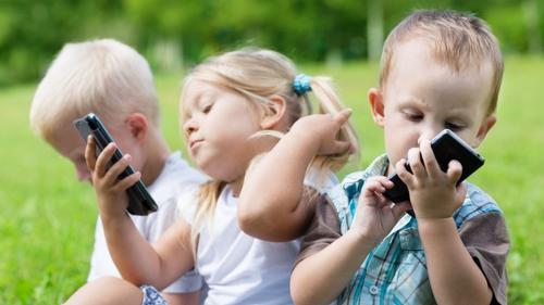 Поведение детей в соцсетях нуждается в кибергигиене