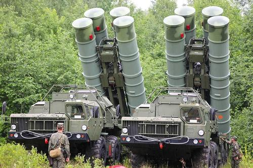 ТГ-канал «Записки охотника»: Россия могла срочно перебросить Белоруссии системы С-400 для охраны границы с Украиной