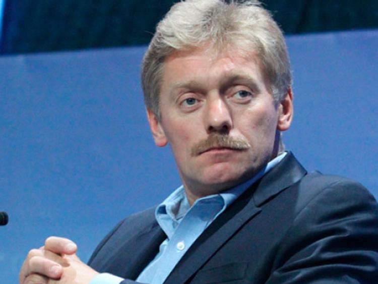 Песков: Кремль никогда не будет рассказывать про семью Путина