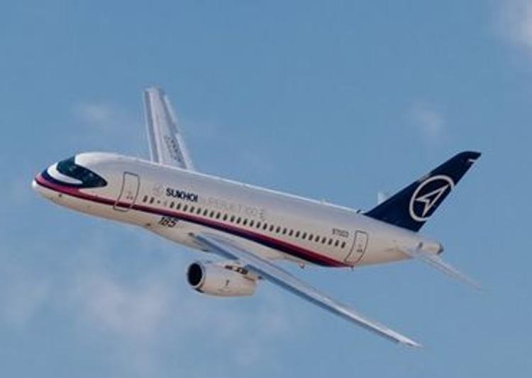 ФСБ и МЧС пересадят на дешевенький Sukhoi Superjet 100