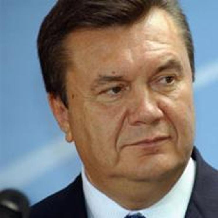 Янукович поселит в тюрьме на 2 года захватчиков госзданий