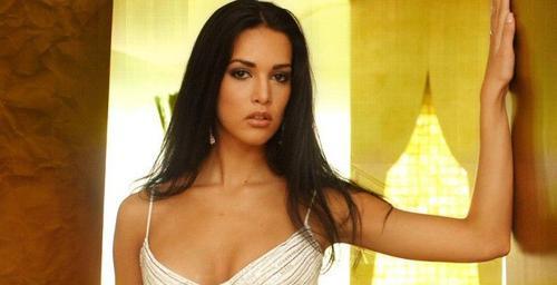 Президент Венесуэлы пообещал не щадить убийц красавицы Моники