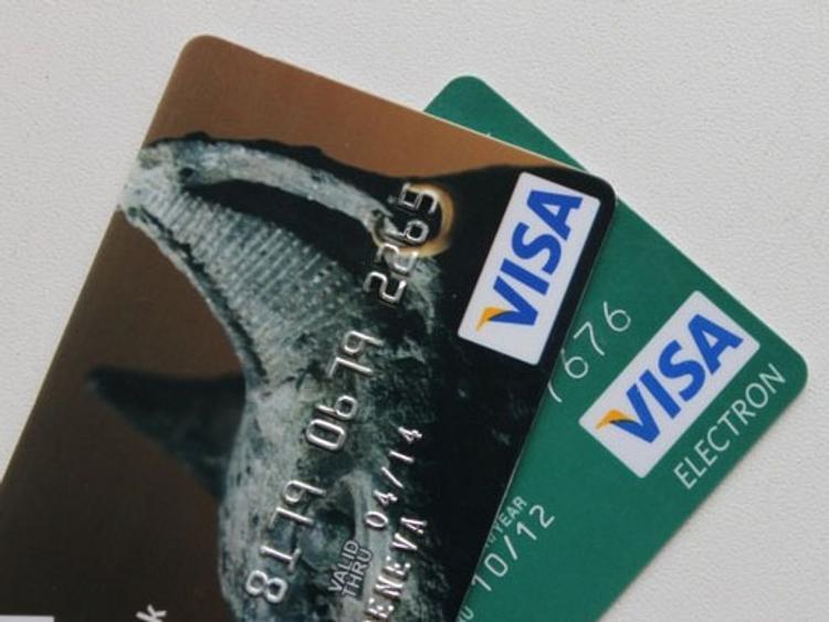 Госдума требует компенсаций от Visa и Master Card