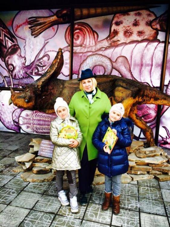 Ева Польна показала подросших дочерей