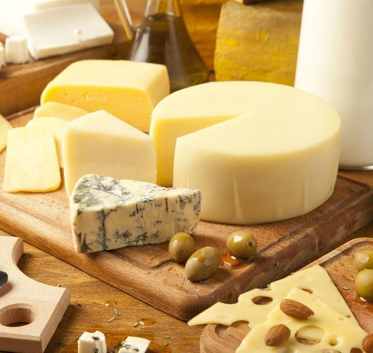 Роспотребнадзор приостановил ввоз молочной продукции из Украины